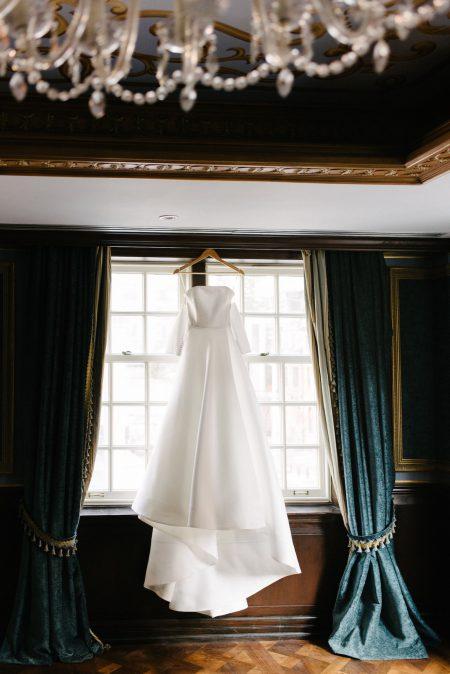 Wedding at Four Seasons Hotel Toronto, Toronto, Ontario, Mango Studios, 3